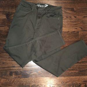 Seven7 olive green high rise skinny pants
